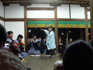 車大歳神社「翁舞」千歳の舞
